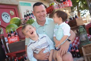 Father's Day, dad with his kids, things to do