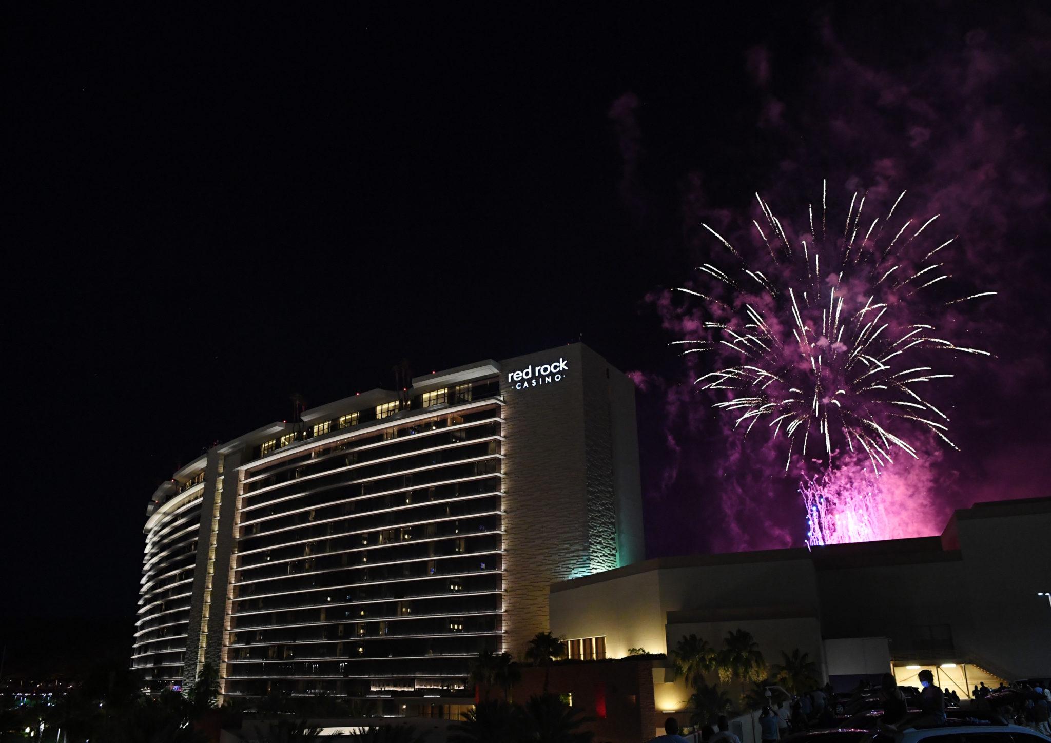 July 4th fireworks in Las Vegas- Station Casinos