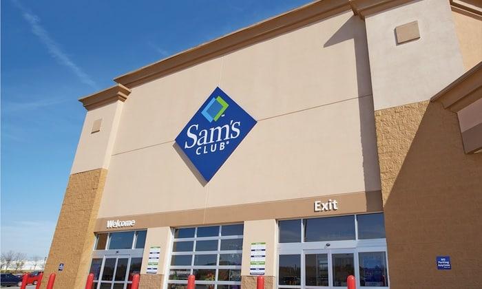 sam's Club membership deal front of warehouse