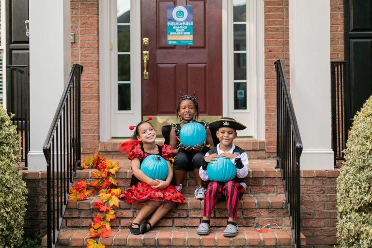 Teal pumpkin project, halloween trick or treat